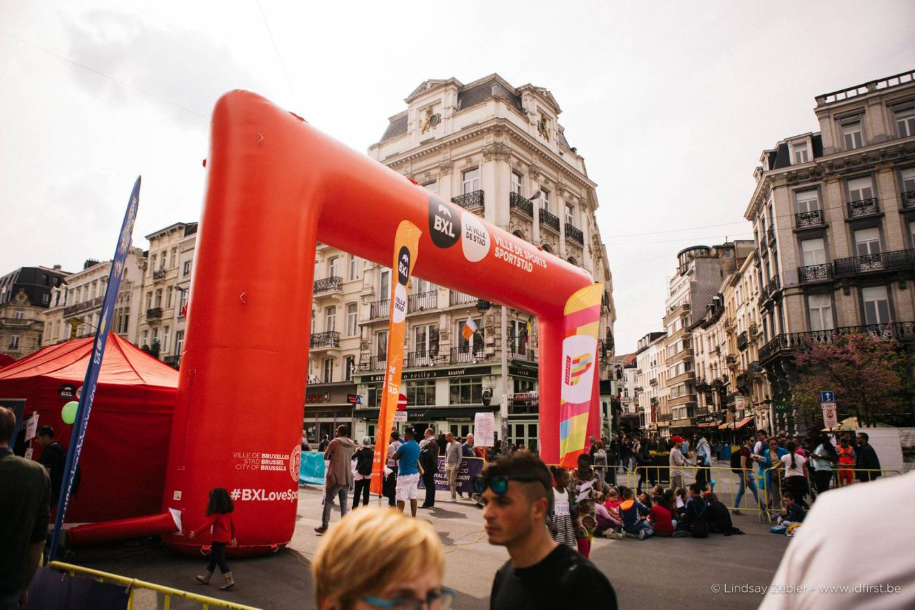 Giant inflatable arches Finish line arch, Archway, Race Arches, Race Archways, Brussels, Publicity arch, Advertising arches X-Treme Creations