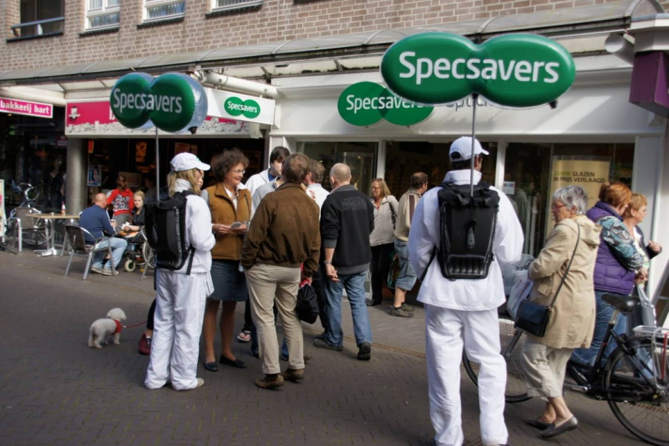 Miniature airtight inflatable logo's Specsavers X-Treme Creations
