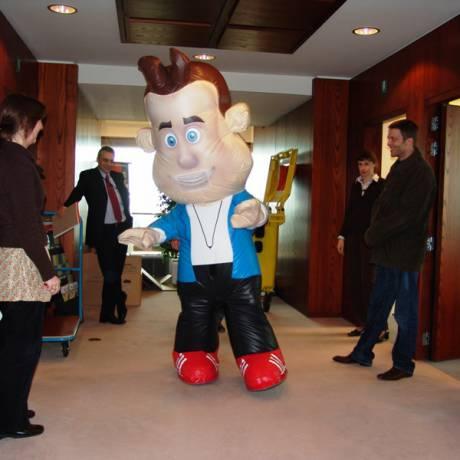 Beurzen Inflatables en print als beursmateriaal tentoonstelling, productvoorstelling, voorstelling, expositie, salon, show, character X-Treme Creations