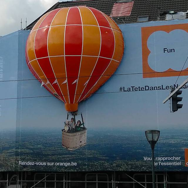 Combine print and inflatable Orange balloon, hot air balloon, 2D and 3D, Boulevard Général Jacques, 3D X-Treme Creations