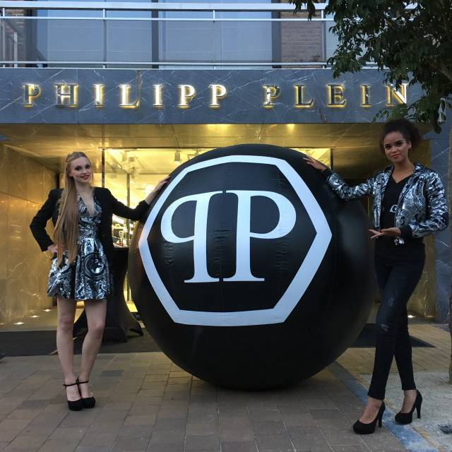 Miniature airtight inflatable logo's Philipp Plein, ballen X-Treme Creations