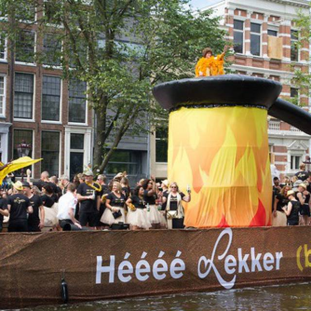 Loetje Steakhouse Amsterdam Pride Gonflables géants X-Treme Creations