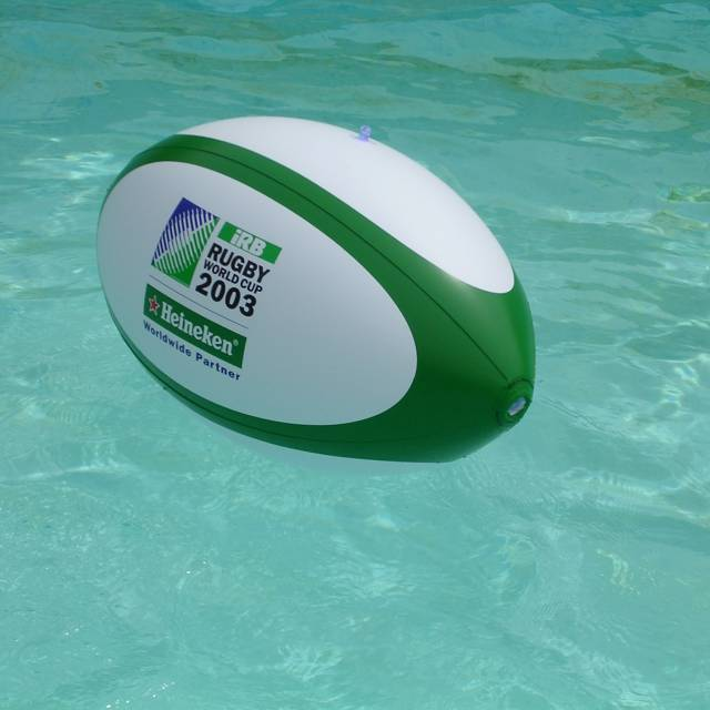 Ballons gonflables miniatures à air captif irb, rugby, heineken X-Treme Creations