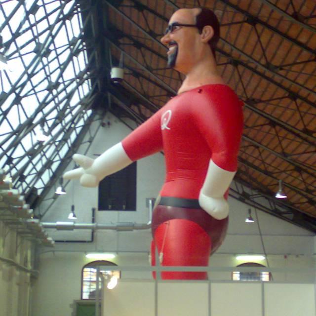 Giant inflatable polystyreenvormen Qmusic, polystyreenvormen, isomo, polymeer X-Treme Creations