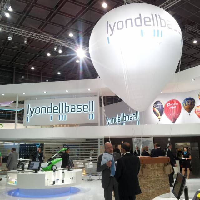 Giant inflatable standen lyondellbasell, kraam, stalletje, stand, tent, verkooptent X-Treme Creations