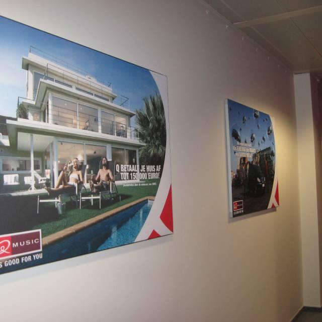 Large format print frames Qmusic, Kader, Doek, Frame, omlijsting, raamwerk X-Treme Creations