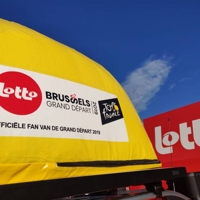 Large inflatable promotional material | X-Treme Creations Inflatable cap Tour de France Events  & Festivals  & Corporate branding  & Brand activation  & Promotion and gadgets  &  Lotto E-Demonstrations X-Treme Creations